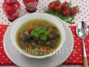 Суп с куриной печенью, рисом и овощами