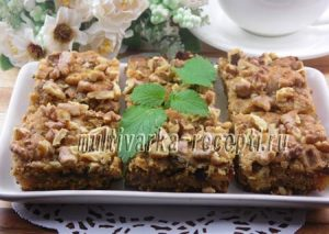 Овсяная коврижка с медом, яблоками и финиками