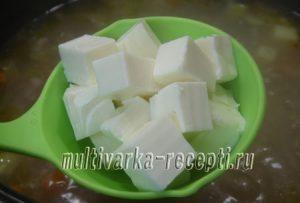Суп сырный с фаршем и овощами в мультиварке